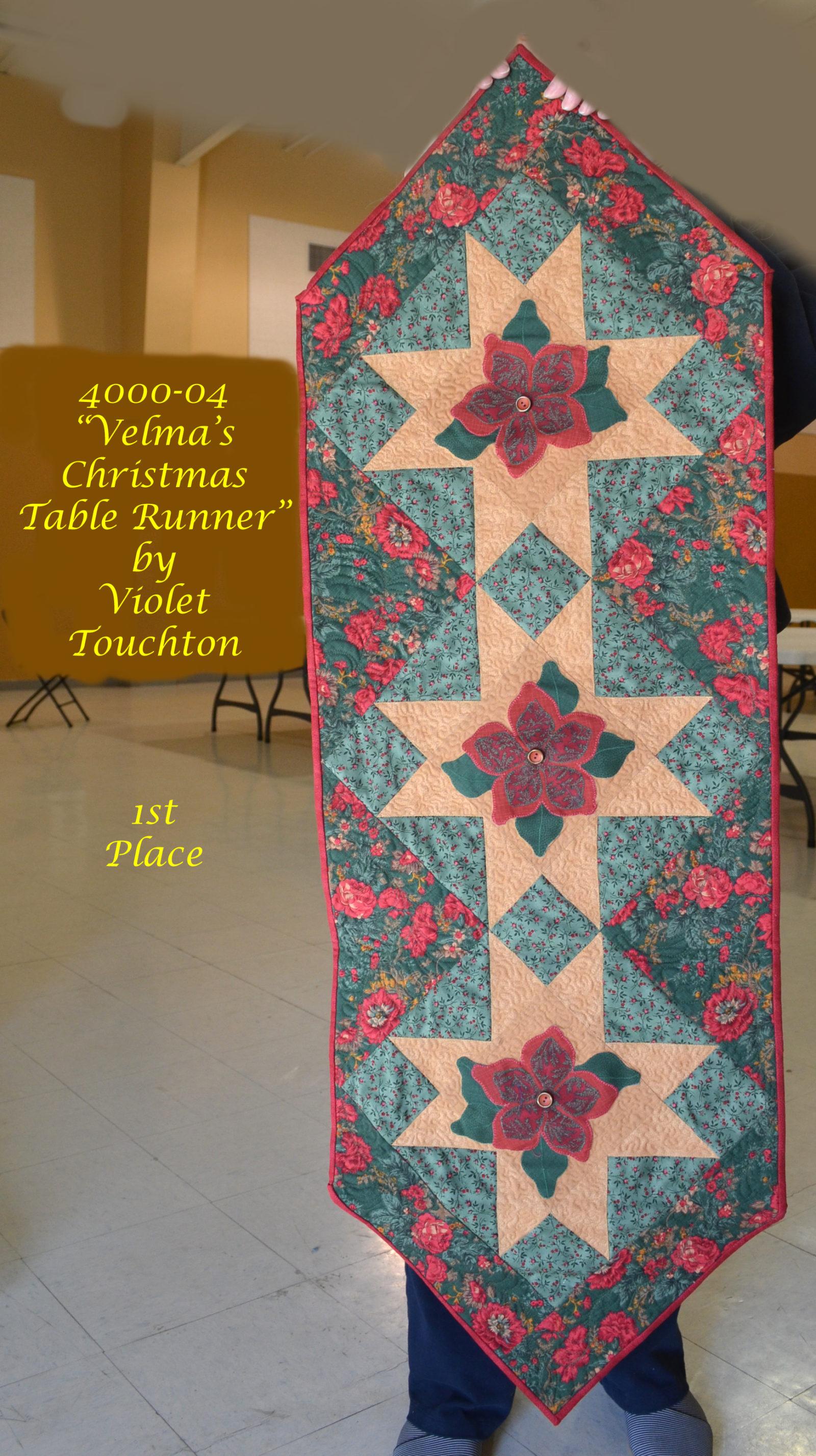 4000-04 Velma's Christmas Table Runner